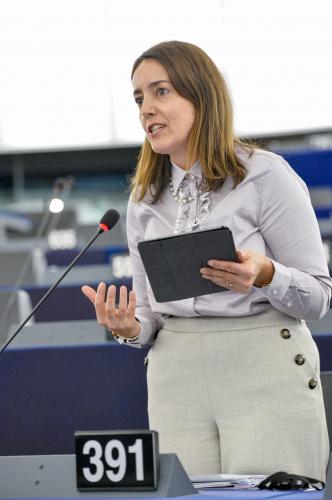 Isabel Estrada Carvalhais apoia pol�tica de coes�o com recursos para todas as regi�es